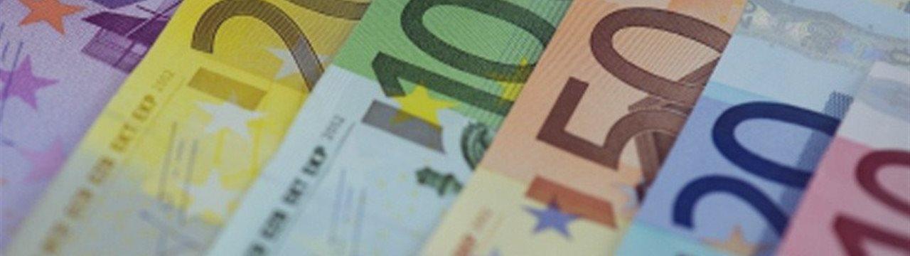 EUR/USD Technical Analysis: Euro Aims to Test 1.1200