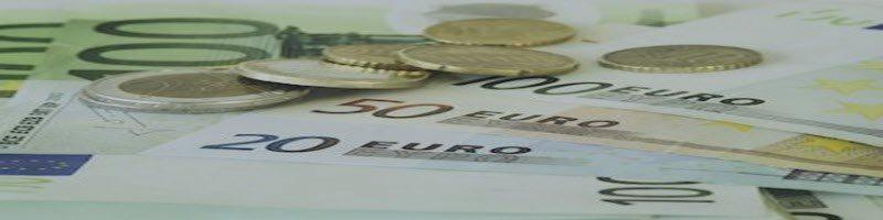 Euro Breaks Through Trend Line