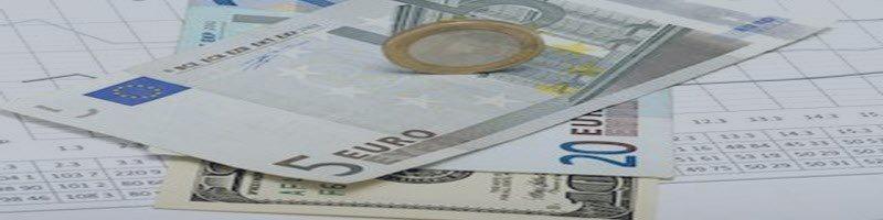 EUR/USD Under Pressure Below 5-DMA, PMIs in Focus