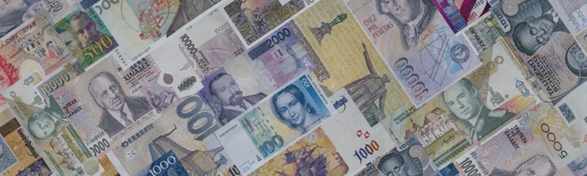 Доллар растет против мировых валют на оптимистичных данных США