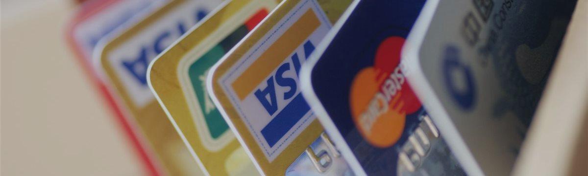 Visa и MasterCard запускают в России новую технологию бесконтактных платежей