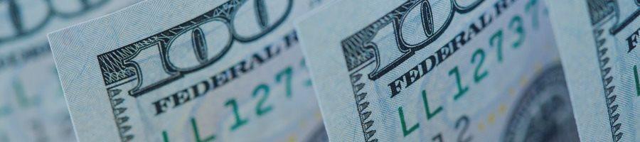 Доллар снижается на комментариях Трампа, трейдеры ждут выступления Терезы Мэй