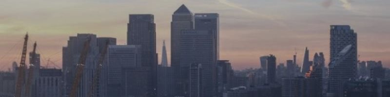 Банки начали вводить в действие свои планы по «жесткому» Brexit
