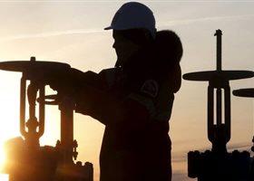 Саудовская Аравия начала сокращение поставок нефти в США