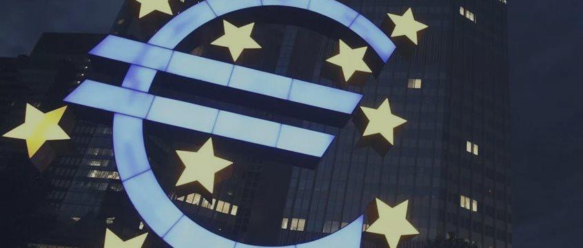 EUR/USD нацеливается на 1.10 в ожидании NFP