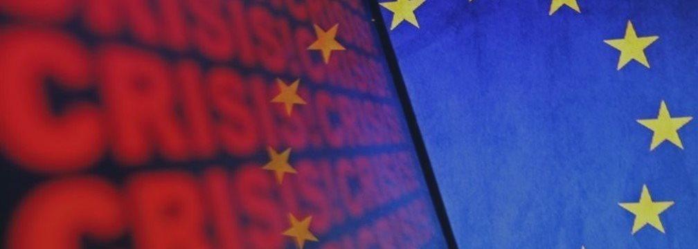 EUR/USD скатилась к 10-дневным минимумам