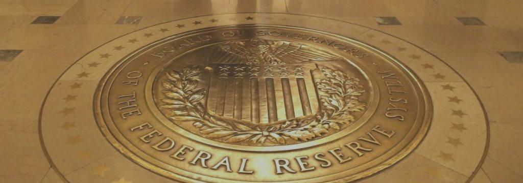 Как процентная ставка влияет на курс валюты