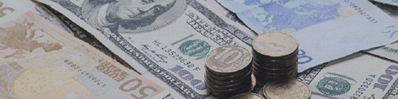 Рубль отскочил от многомесячных минимумов