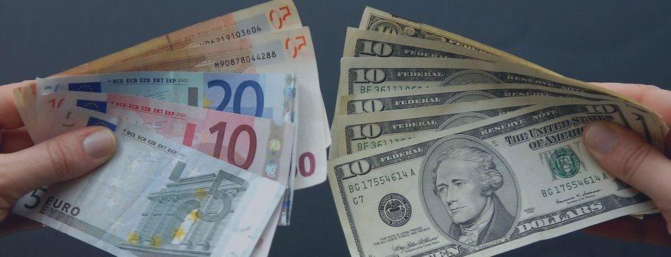 Доллар хорохорится перед NFP, а стоит ли?