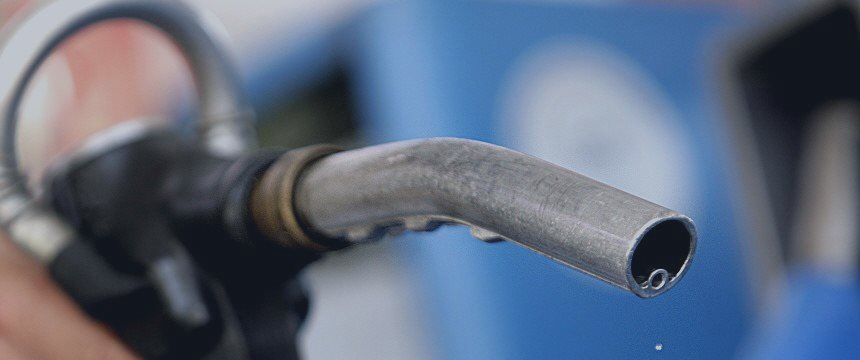 На бирже рост оптовых цен на топливо – «Газпром Нефть» темнит