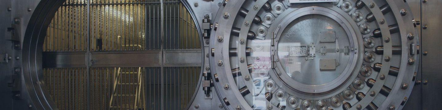 В Швейцарии заблокировали 1 млрд франков Виктора Вексельберга