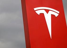 Tesla ждет второе сокращение персонала за год