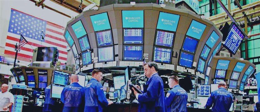 美国股指期货小幅攀升