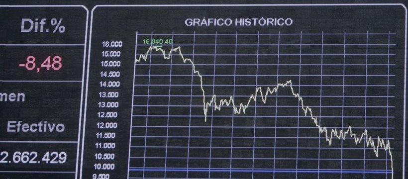 El mercado español es el más pesimista en Europa: el Ibex se hunde en mínimos del año